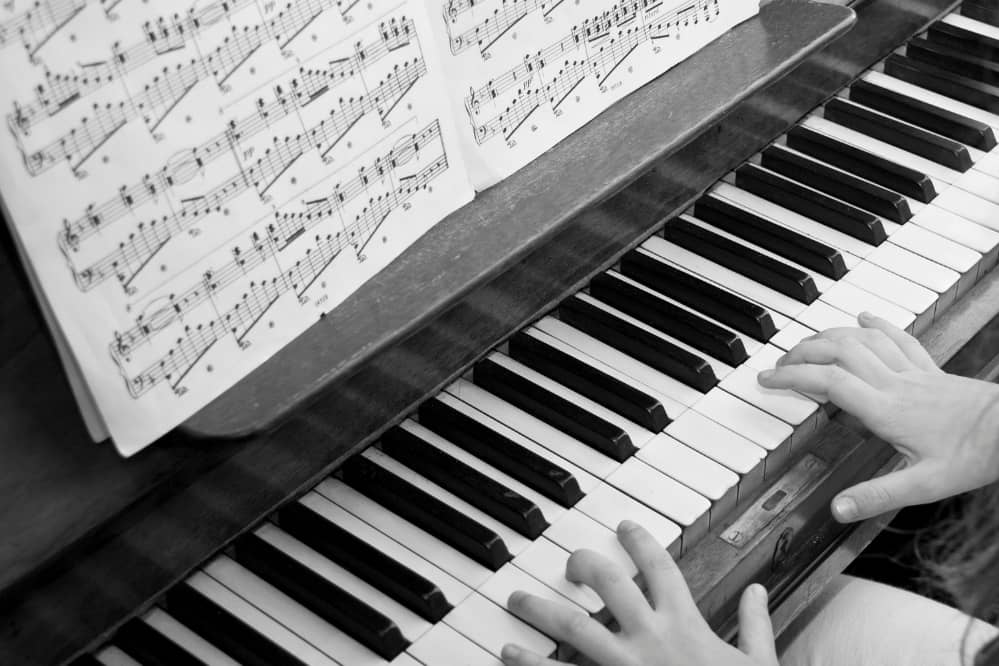 Best Way to Learn to Read Music for Piano