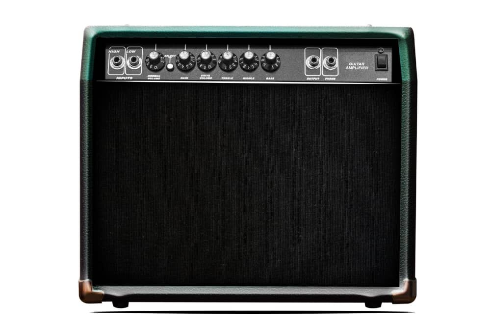 Does a Keyboard Need an Amp
