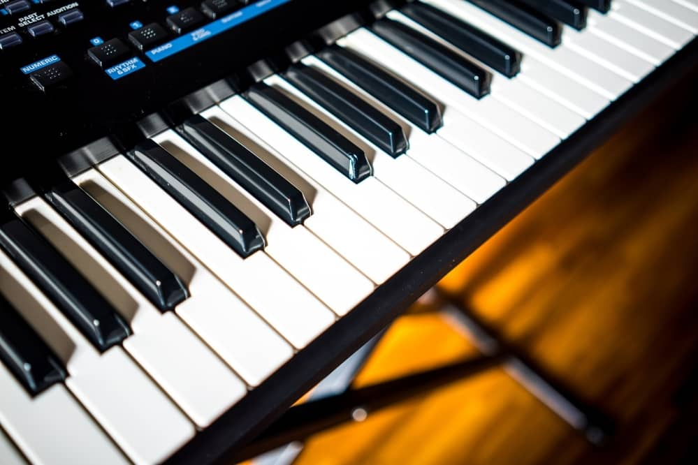 How to Set Up a Piano Keyboard