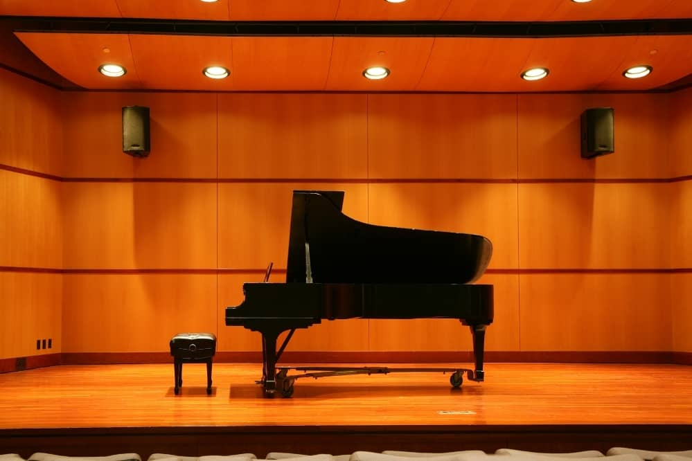 How Do You Calm Down Before A Piano Recital?